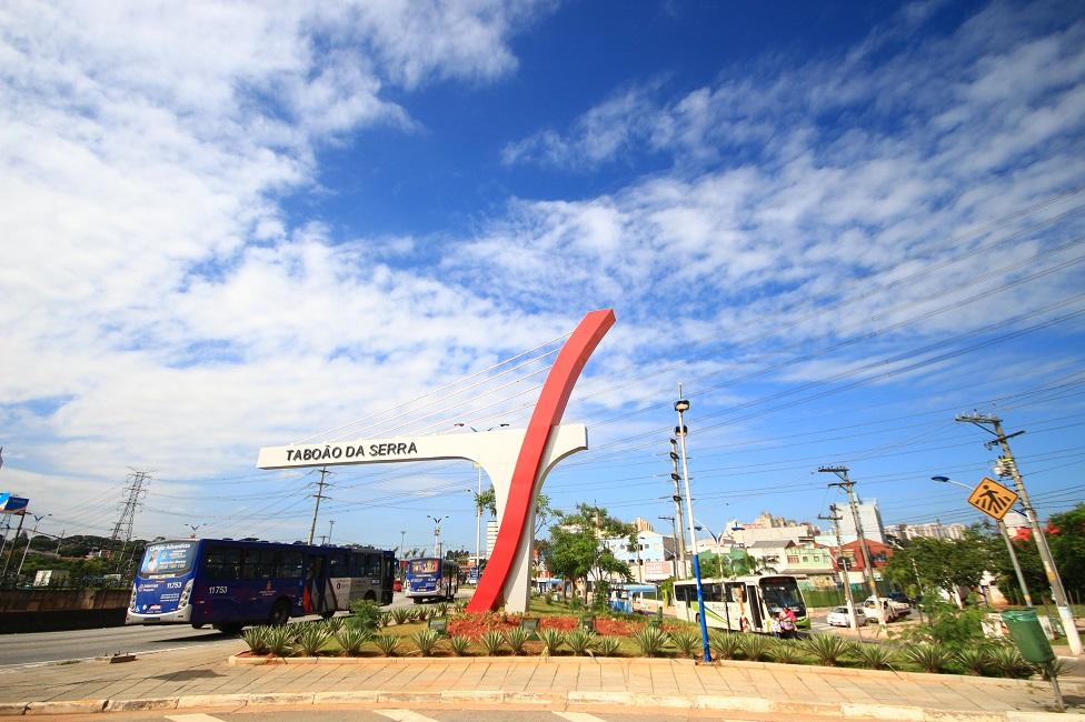 Taboão recebe Selo de Reconhecimento Social da Fecomerciários