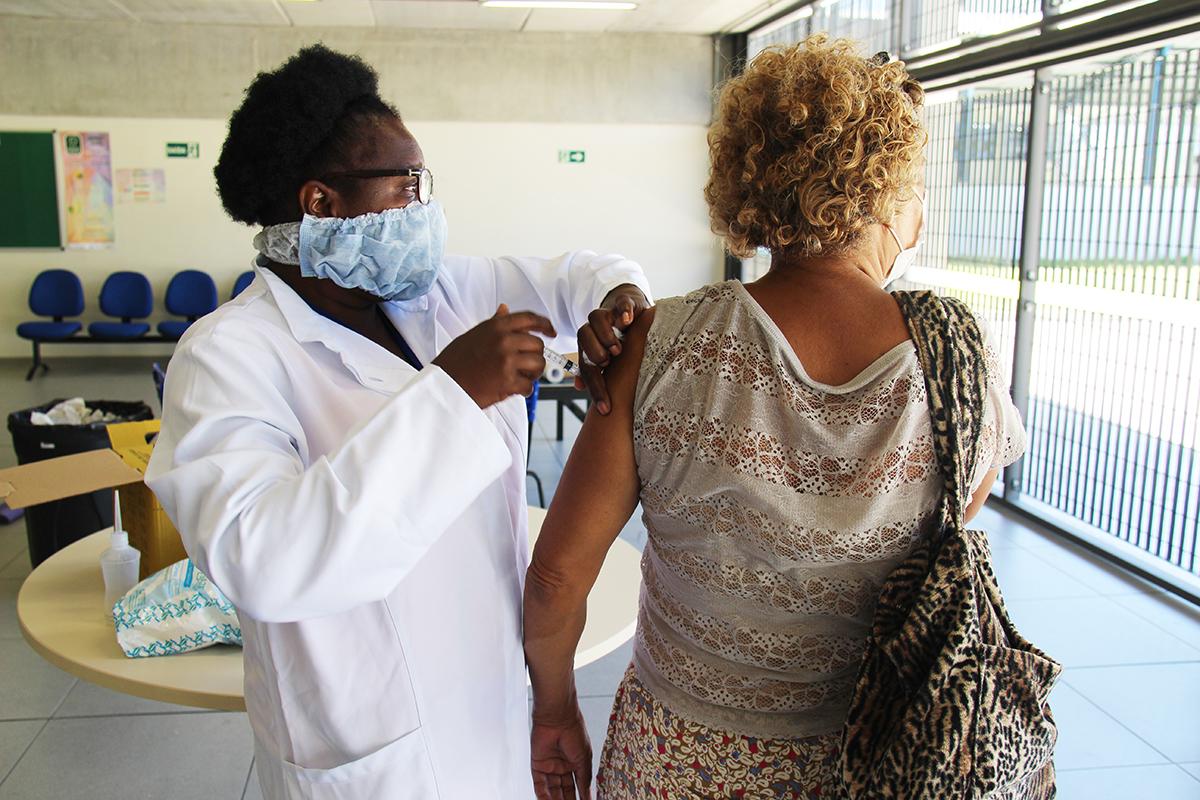 Terceira fase da campanha de vacinação contra a gripe iniciou na segunda, 11