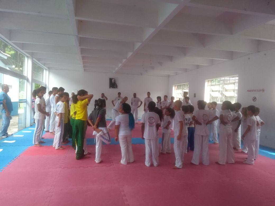 Secretaria de Esportes realizou 1º Festival infanto-juvenil de Capoeira