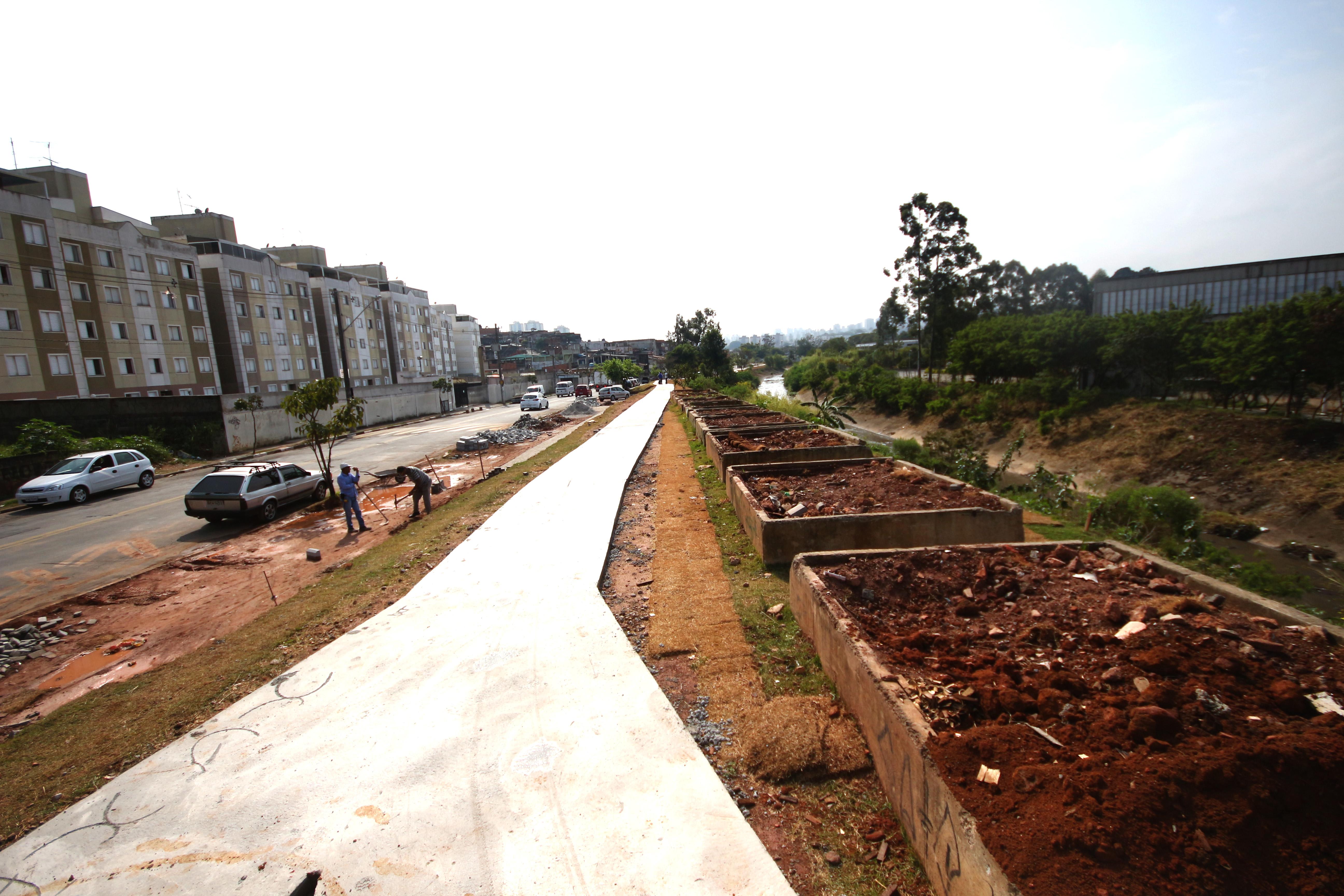 Moradores do Jardim das Oliveiras ganham Parque Linear